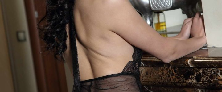 You can fume and hot babes in London by means of cheap escorts