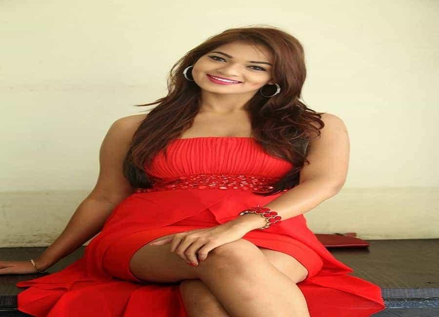 Rajni Choudhry 19yrs