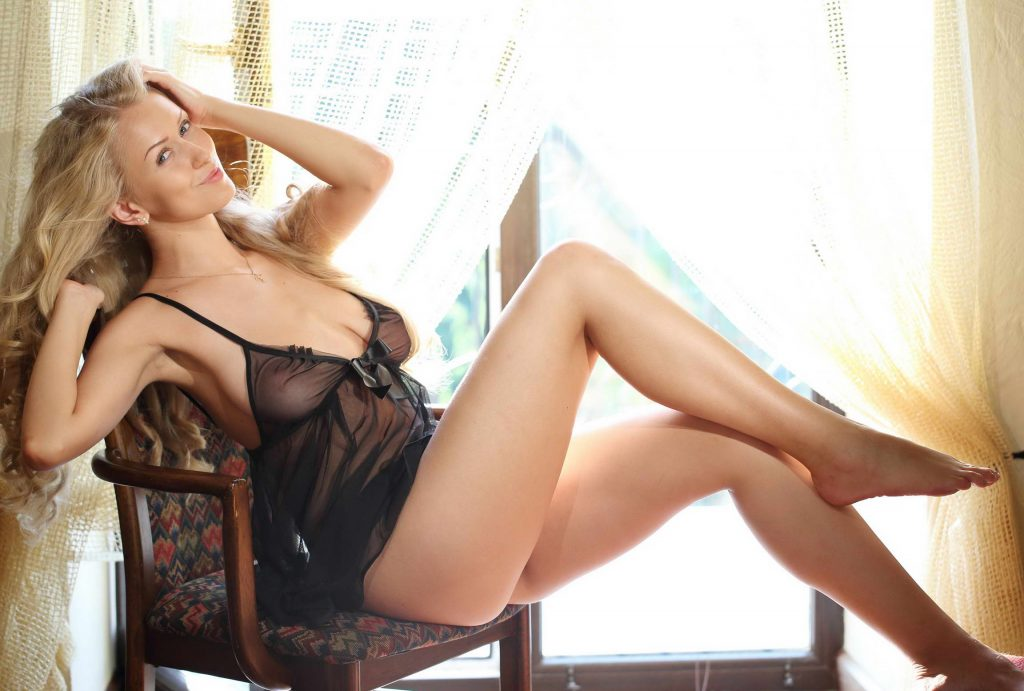Stunning Blonde With Fantastic Legs